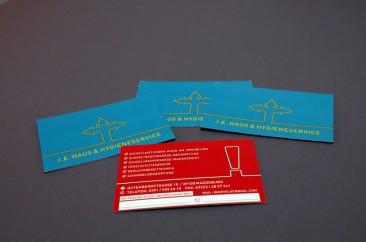 Visitenkarte mit partiellem Relieflack